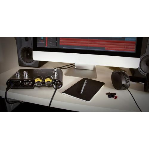 LINE6 POD STUDIO UX2 INTERFÉSZ